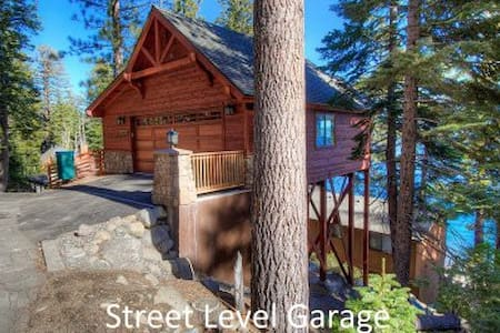 Gorgeous Lakefront Home with exceptional lake view - South Lake Tahoe