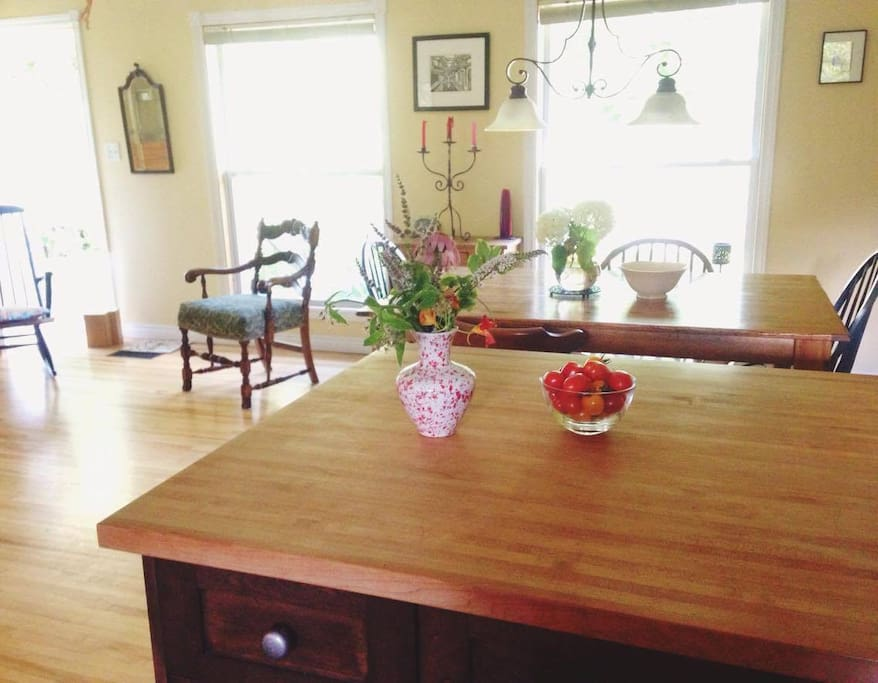 Dining/piano room