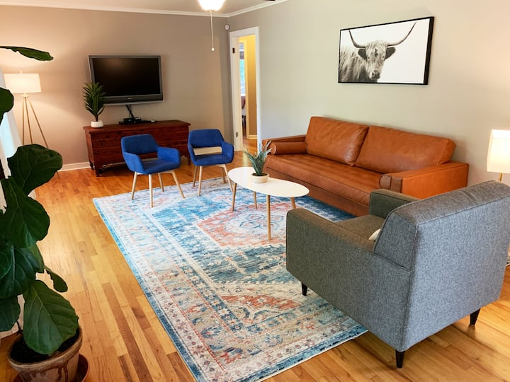 Getaway on Austin - 2mi from campus for 8 guests