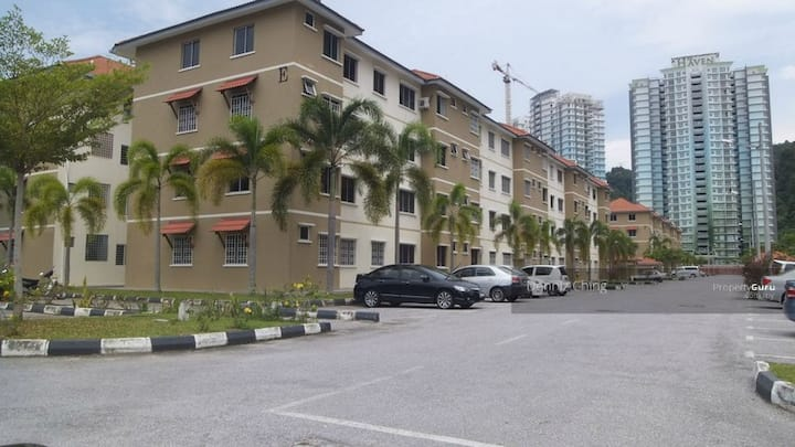 Permai Lake View Apartment