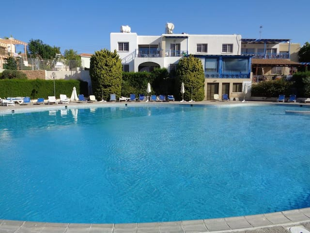 Small apartment with pool - Tourist Area Limassol