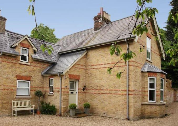 Victorian cottage, centre of Henley - Henley-on-Thames - Dům