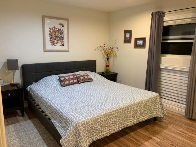Large Bedroom Steps Away from the Bay