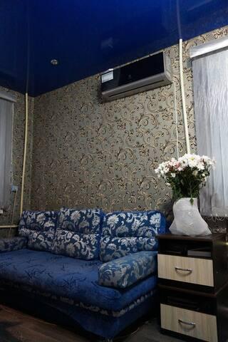 Уютная квартира с оригинальным ремонтом - Chabarovsk - Byt