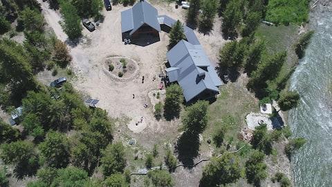 S Fork Boise River Cabin