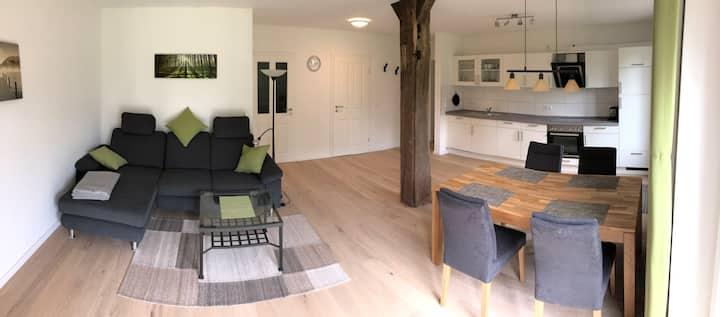 Modernes Apartment, ruhige Lage, 4 Personen, 70qm