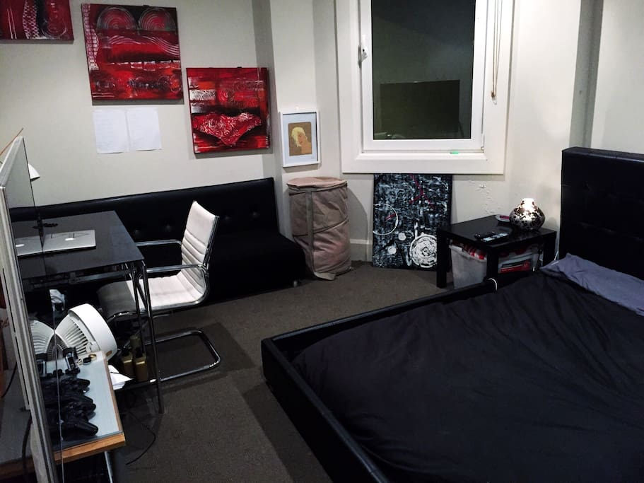 Massive room with desk, flatscreen smart TV and couch to have some chill time