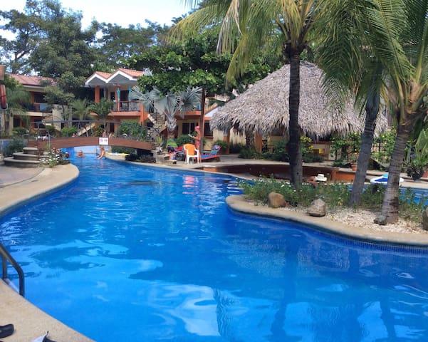 Charming condo in Playa del Coco