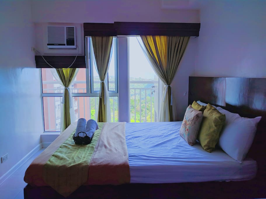 Bedroom with Balcony Facing Taal Lake