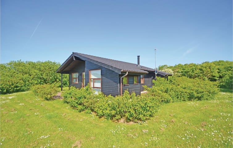 Holiday cottage with 3 bedrooms on 93m² in Vestervig