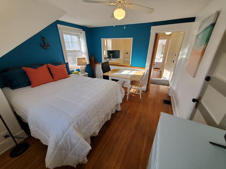 The Anchor Suite - private, one block from beach!