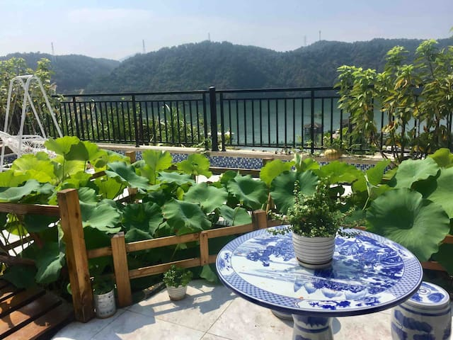 杭州千岛湖.湖光山色+荷塘月色.菜园大院