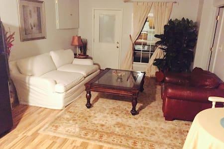 Escape to a Private,Comfortable,Spacious Apartment