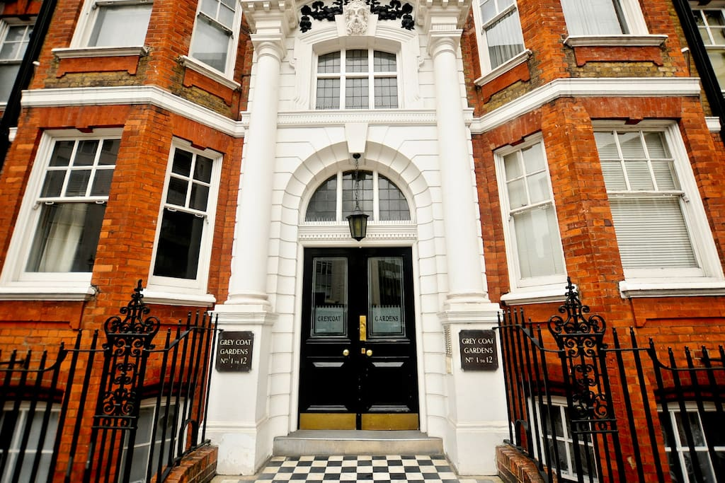Grand Entrance - Red Mansion Block, traditional Edwardian architecture, Central London