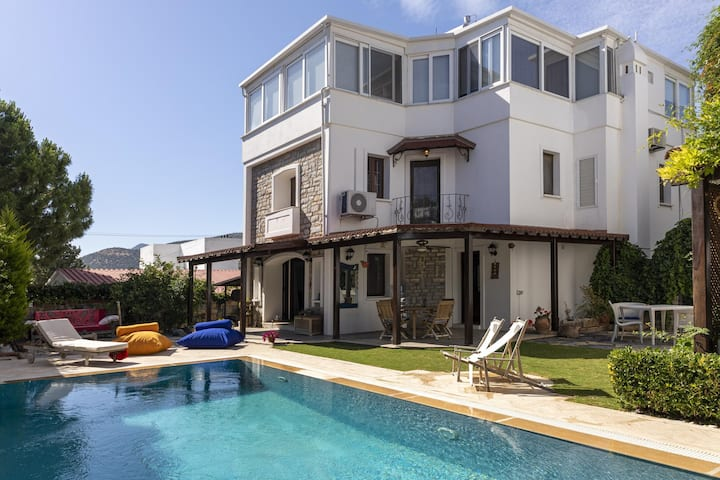 3BR Amazing Villa in the Heart of Bodrum