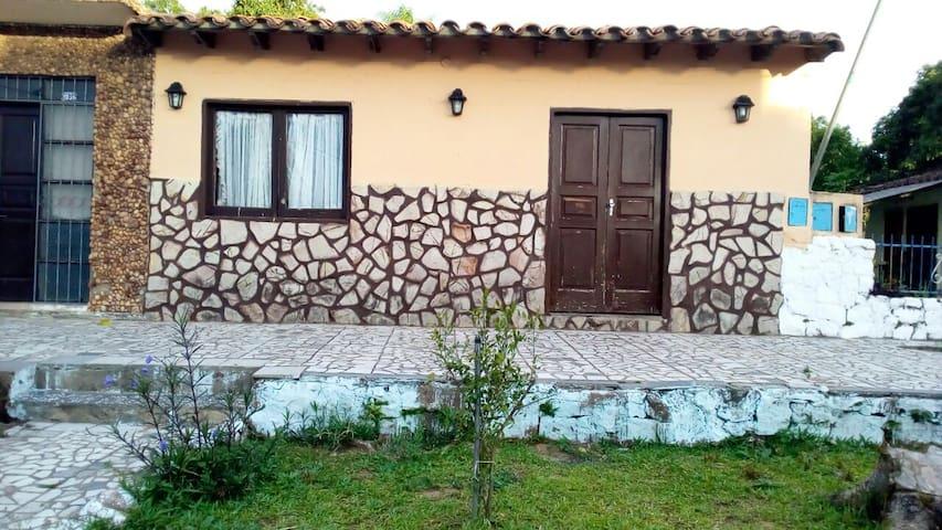 Dormitorio para extranjeros que visitan fabricas - Villeta