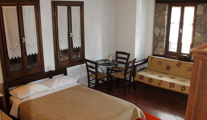 Double Room partial Sea view in Kastania-Gi at Olymp