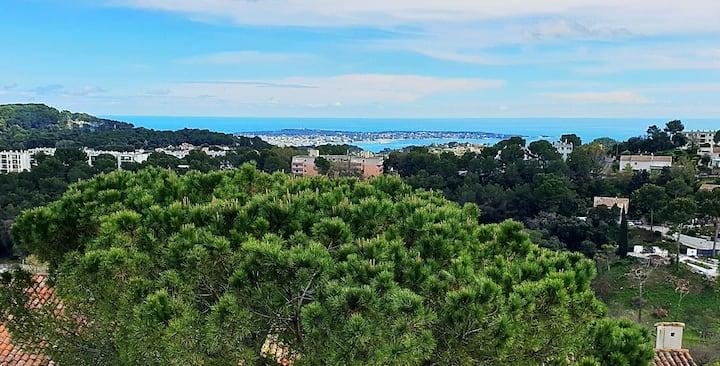 FRiviera-2 bedrooms appt-6ppl max-close Cannes