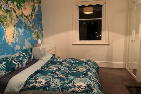 Hobart CBD cozy room(NO.1)