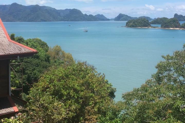 Villa Bougainvillea - Great Sea View