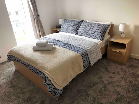 Premium room & parking in Stoke Gifford (UWE, MOD)