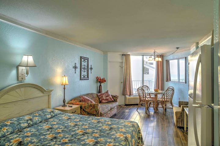 The property sleeps 6 and features all the comforts of home!