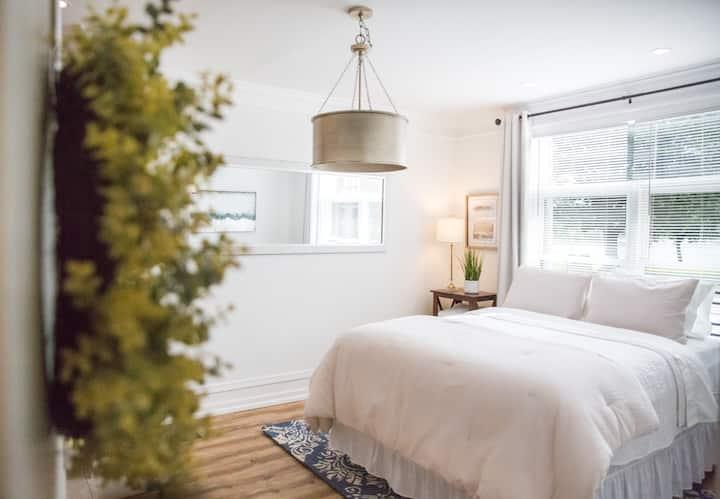 Luxury Studio Apartment on Historic Riverfront