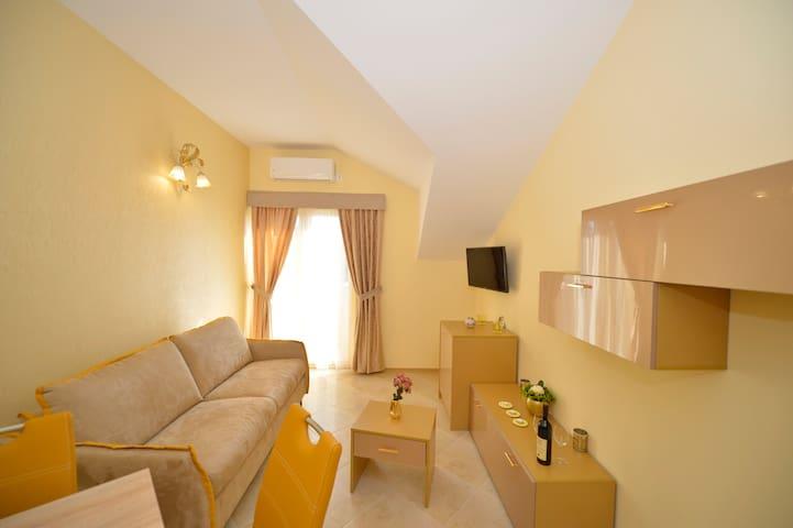 PONTUS-Luxury Apartments - ORO - - Tivat - Apartment