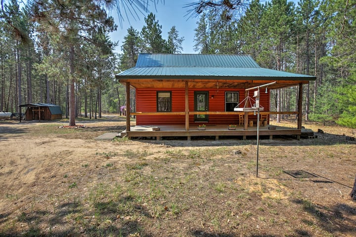 Private South Boardman Cabin on 10 Forest Acres!