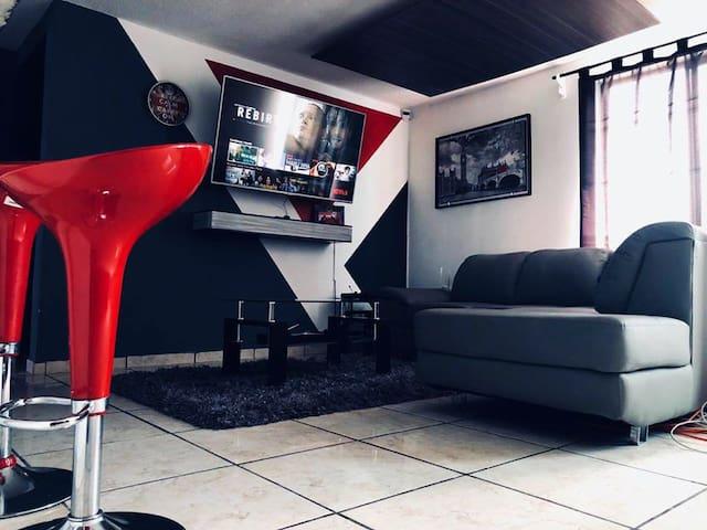 Apartamento Minimalista // Ideal para FNSM 2020!