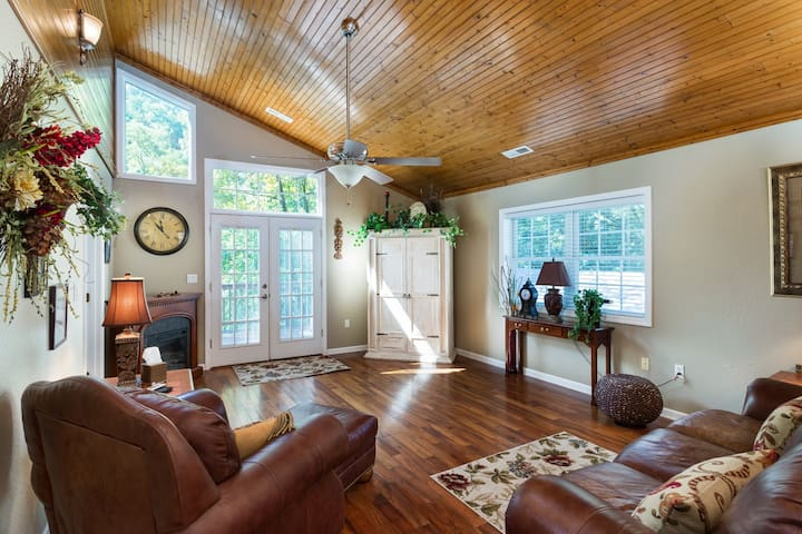 River View - Mr. Lake Lure Vacation Rentals