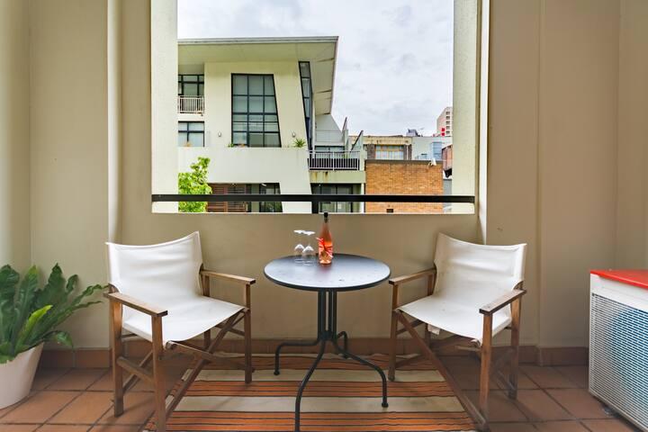 Exclusive CBD Artist Apartment!