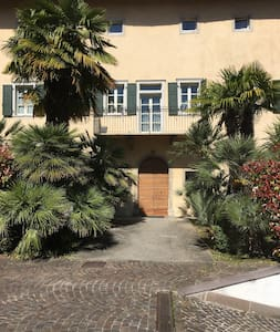 Spacious penthouse apartment in historic mansion - Riva del Garda