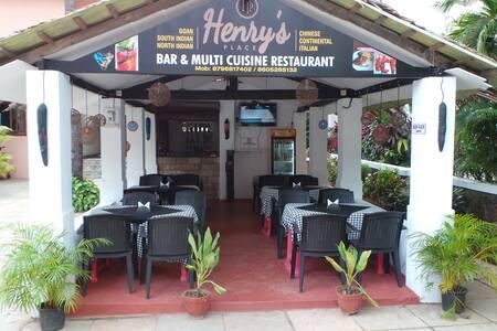 Henry's Place - Arpora