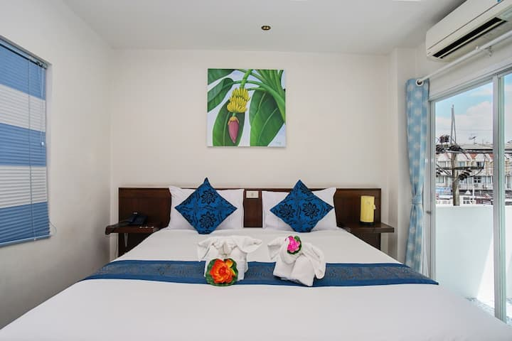 ⭐Golden Lotus Boutique Hotel 17BR in Patong Beach