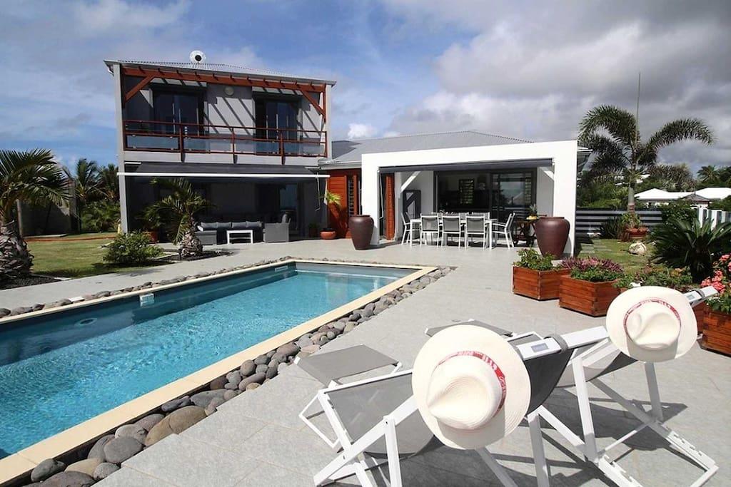 Villa Diva Guadeloupe Deck piscine privée