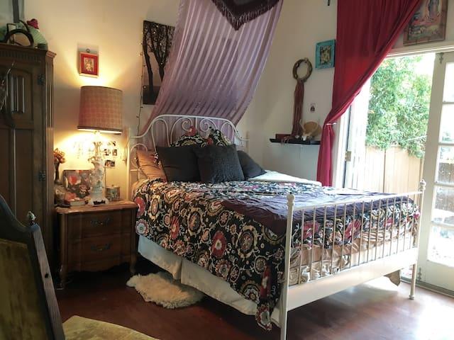 Private Room/Yard in Echo Park - Los Angeles - Huis