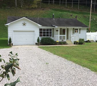 Cowan Creek Cottage - Whitesburg - 獨棟