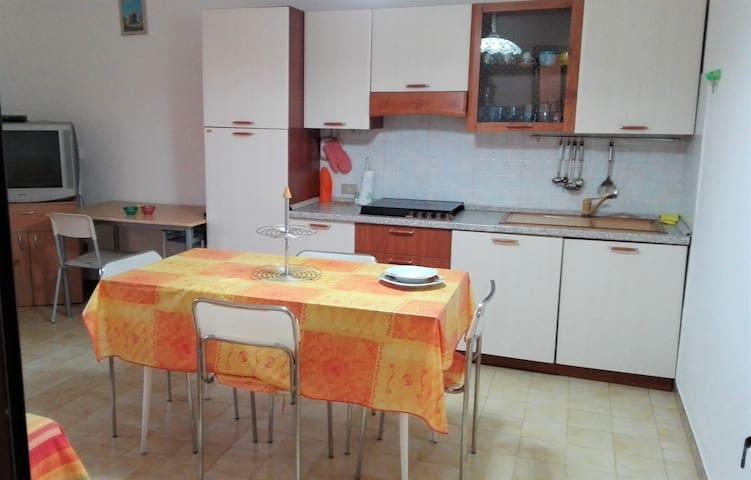 Appartamento a due passi dal mare e dal centro - Torre San Giovanni - Wohnung