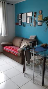 Ap confortável no centro de Bagé com garagem.