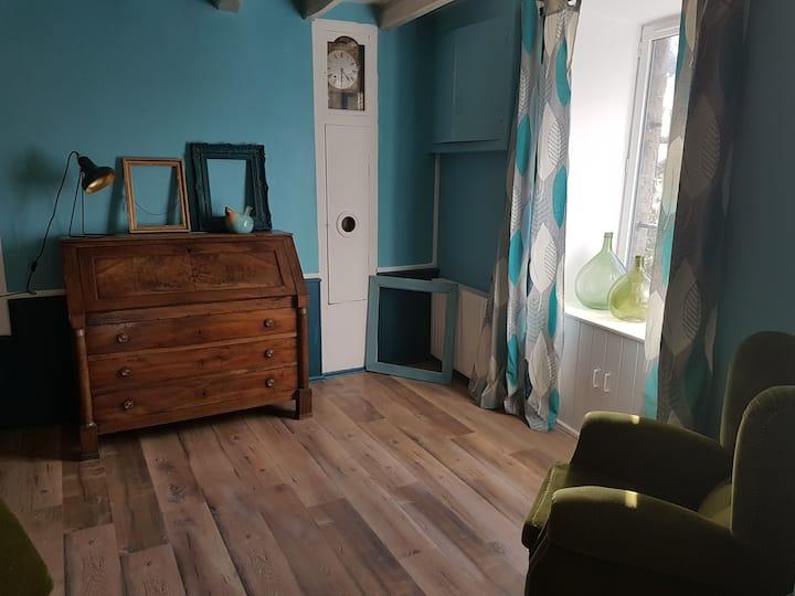 Appartement meublé de vacances- La Poule Bleue
