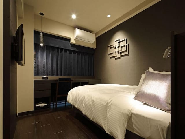 [5 mins on foot from Kamata Station's west gate] Sleep better with a Simmons bed! Double room with shower!