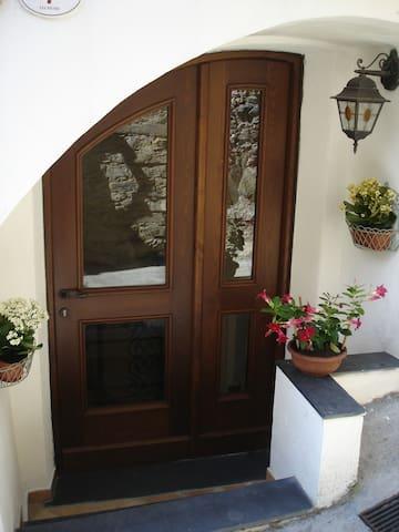 appartamento nel Borgo di Veravo