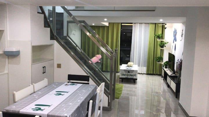 德福2室2厅loft公寓