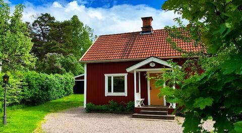 Typisch Zweeds landhuis op 1 uur van Stockholm