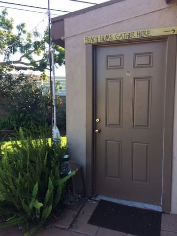 Private guest house - Huntington Beach - Talo