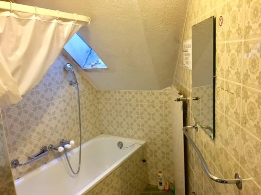 Bad und WC auf Etage