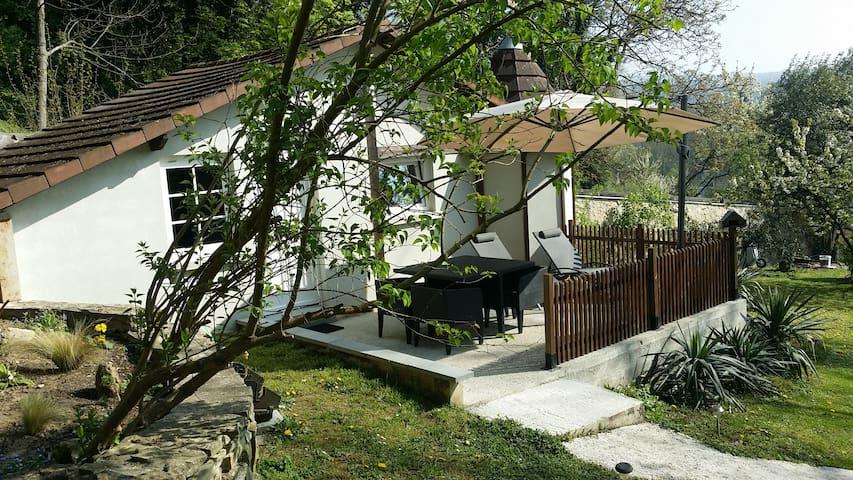 Gite et salon de massage bien-être - Presles - Casa
