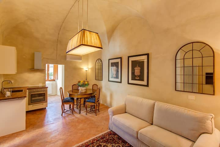 Luxury apartment in the heart of Volterra