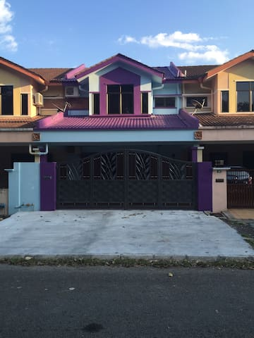 Bercham Home Stay - Ipoh